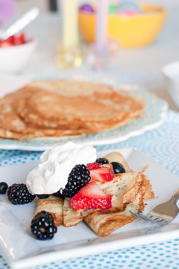 Gluten-Free Crepes | Gluten-Free recipes | crepe recipes | breakfast recipes | dairy-free recipes | perrysplate.com
