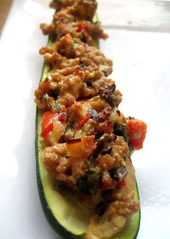 Stuffed Zucchini with Ground Turkey - www.perrysplate.com