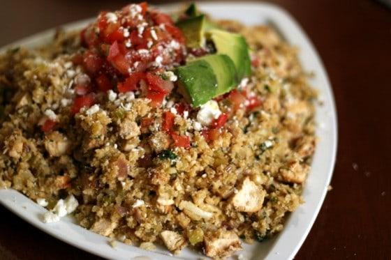 Mexican Chicken and Cauliflower Rice | paleo recipes | gluten-free recipes | Whole30 recipes | cauliflower rice recipes | keto recipes | low-carb recipes | perrysplate.com