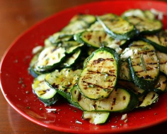 Marinated Grilled Zucchini | zucchini recipes | paleo recipes | grilling recipes | Whole30 recipes | perrysplate.com