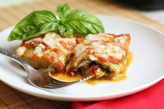 Pesto Eggplant Roll-Ups   eggplant recipes   grain-free recipes   low carb recipes   keto recipes   perrysplate.com