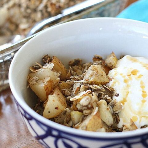 Spiced Pear Breakfast Crumble