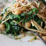 Spaghetti with Chickpeas Spinach - recipe - 2