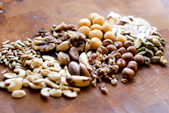 How to Make Trail Mix (Hiking not required) | healthy snacks | gluten-free snacks | camping recipes | perryspate.com