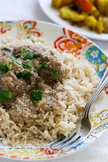 Slow Cooker Indian Beef | Indian recipes | gluten-free recipes | beef recipes | slow cooker recipes | crock pot recipes | perrysplate.com