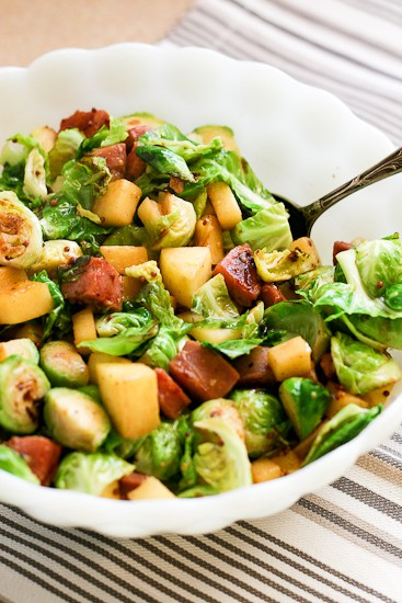Brussels Sprout and Sausage Hash with Apples | paleo recipes | Brussels sprout recipes | hash recipes | gluten-free recipes | dairy free recipes | perrysplate.com