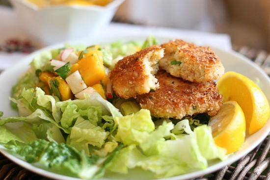 Coconut Shrimp Cakes with Mango Salsa - www.perrysplate.com