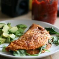 10-minute Sun-dried Tomato and Spinach Omelet
