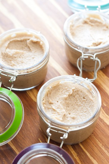 Quick and Easy Homemade Brown Sugar and Coconut Oil Body Scrub -- make these for teacher gifts, neighbor gifts, or simply for yourself. | perrysplate.com