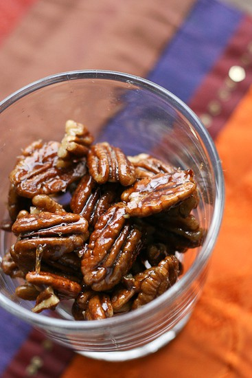 maple ginger pecans