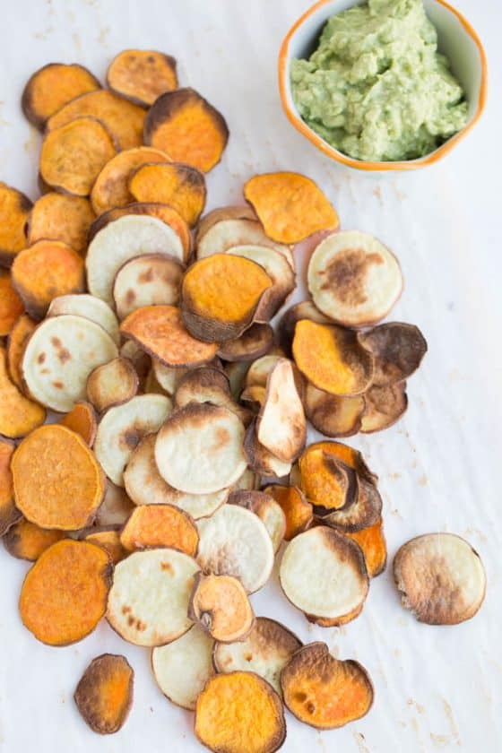 Secrets to crispy sweet potato chips! Roasting sweet potato chips is super easy and makes a great, homemade snack. | perrysplate.com