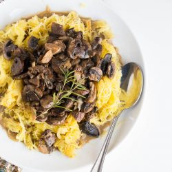 spaghetti-squash-with-roasted-mushrooms-and-garlic-4