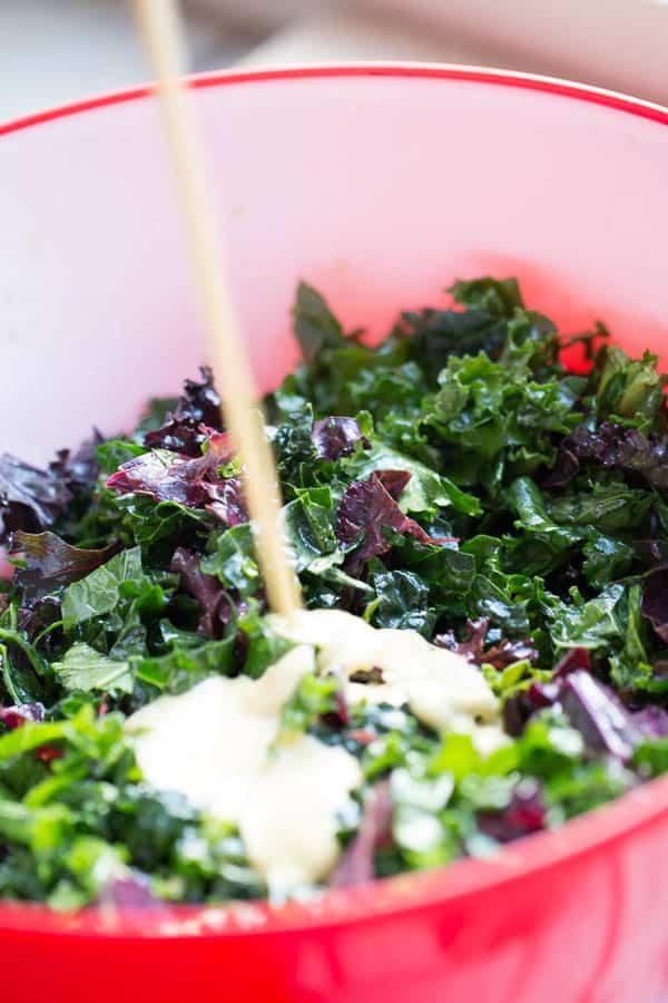 Kale Caesar Salad with Garlic Shrimp & Prosciutto | Whole30 recipes | paleo recipes | healthy caesar salad | perrysplate.com