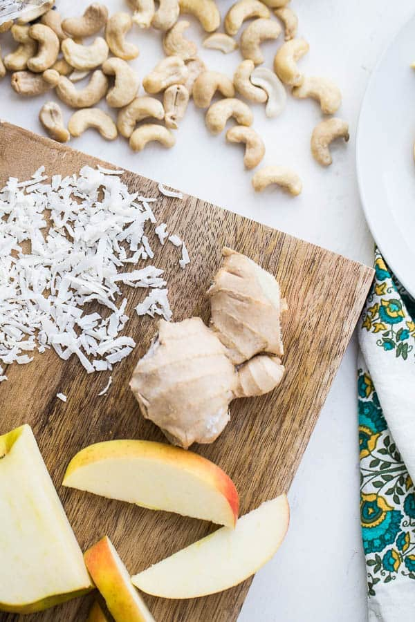 Toasted Coconut Ginger Cashew Butter | nut butter recipes | paleo recipes | whole30 recipes | perrysplate.com