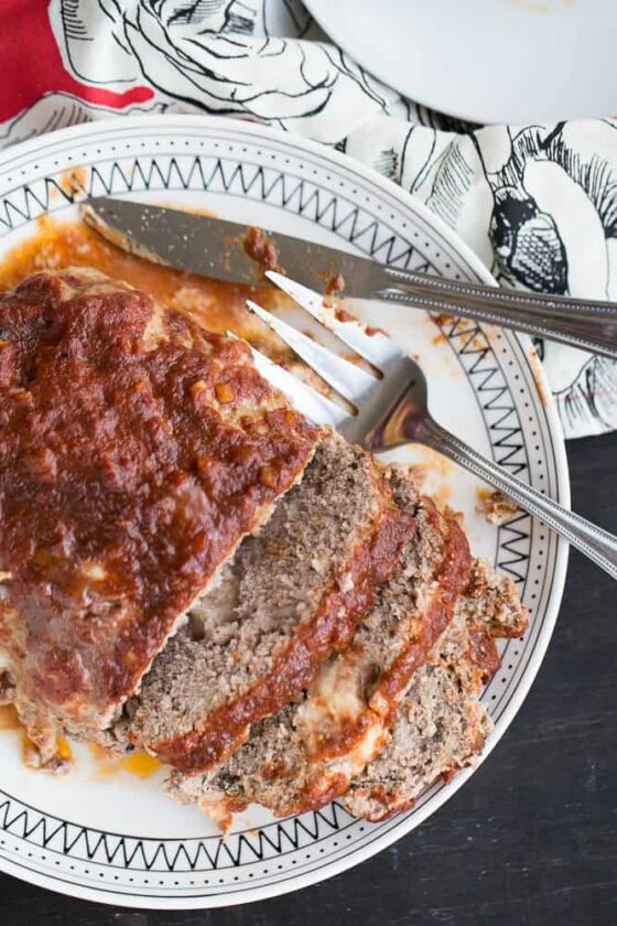 Mozzarella-Studded Gluten-Free Meatloaf   meatloaf recipes   ground beef recipes   fall recipes   comfort food   gluten-free recipes   perrysplate.com
