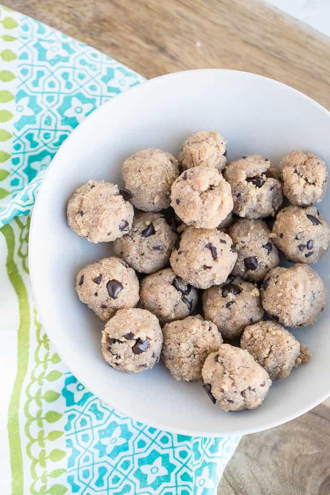 Paleo Cookie Dough Bites   paleo treats   gluten-free recipes   dairy-free recipes   egg-free recipes