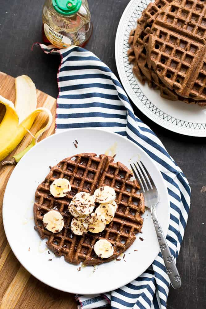 Paleo Chocolate Banana Protein Waffles | paleo recipes | waffle recipes | gluten-free recipes | perrysplate.com