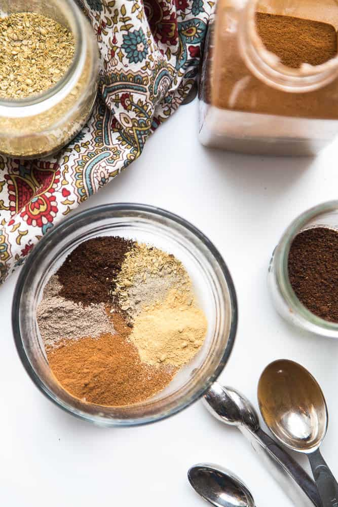 Homemade Chai Spice Blend | chai recipes | spice blends | diy recipes | sugar free recipes | perrysplate.com