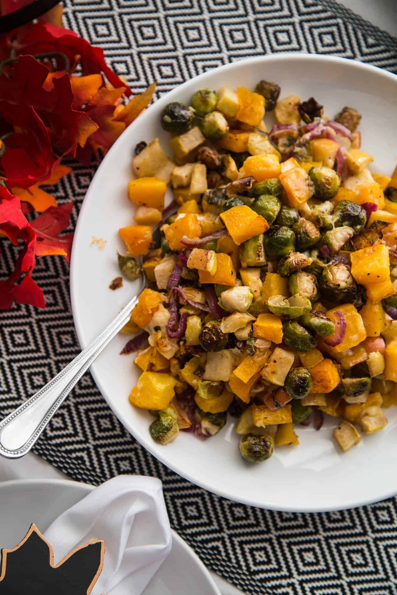 Roasted Fall Vegetables with Apples & Gouda | Thanksgiving side dishes | Paleo recipes | Whole30 recipes | Keto recipes | perrysplate.com