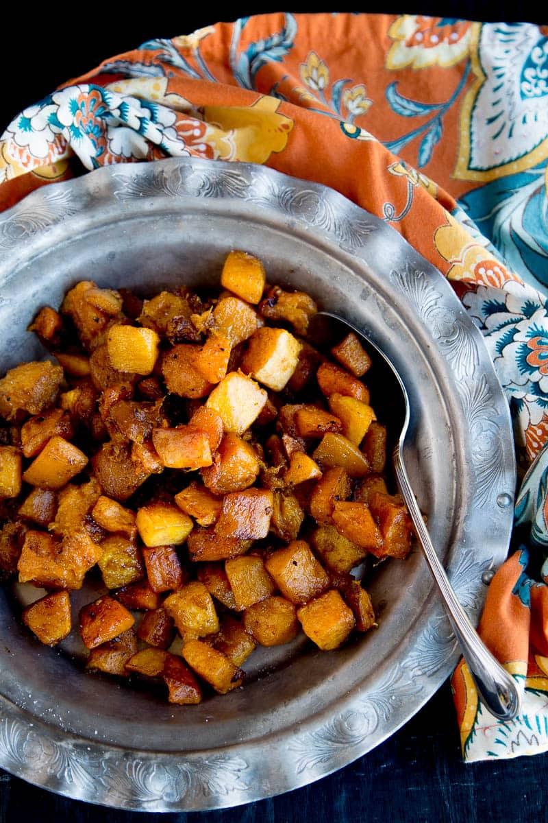 Chai Maple Roasted Butternut Squash | paleo recipes | butternut squash recipes | gluten-free recipes | chai recipes | Thanksgiving recipes | perrysplate.com