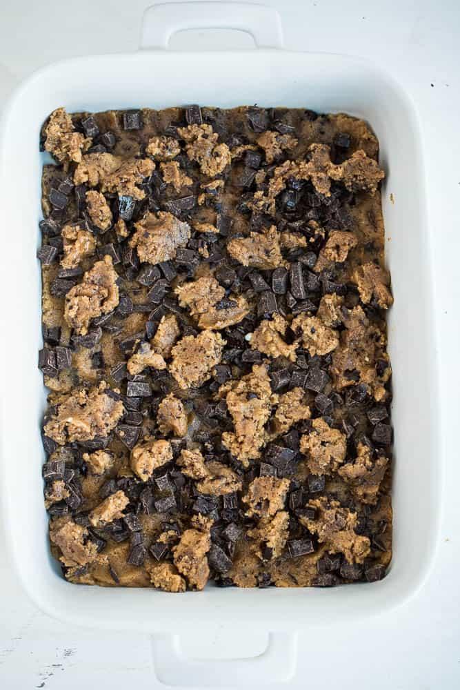 Paleo Chocolate Chip Fudge Bars | paleo dessert recipes | gluten-free cookie recipes | chocolate recipes | chocolate chip cookie recipes | perrysplate.com
