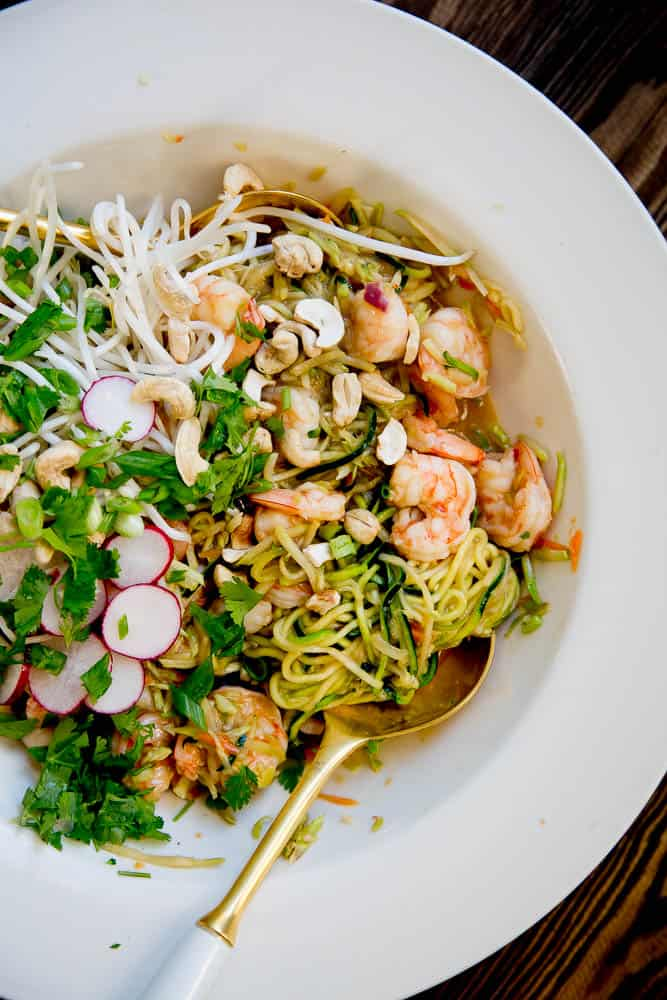 This Easy Paleo Pad Thai is SUPER quick to make and even better than takeout. It can be adapted to be paleo, Whole30, or low-carb! | perrysplate.com
