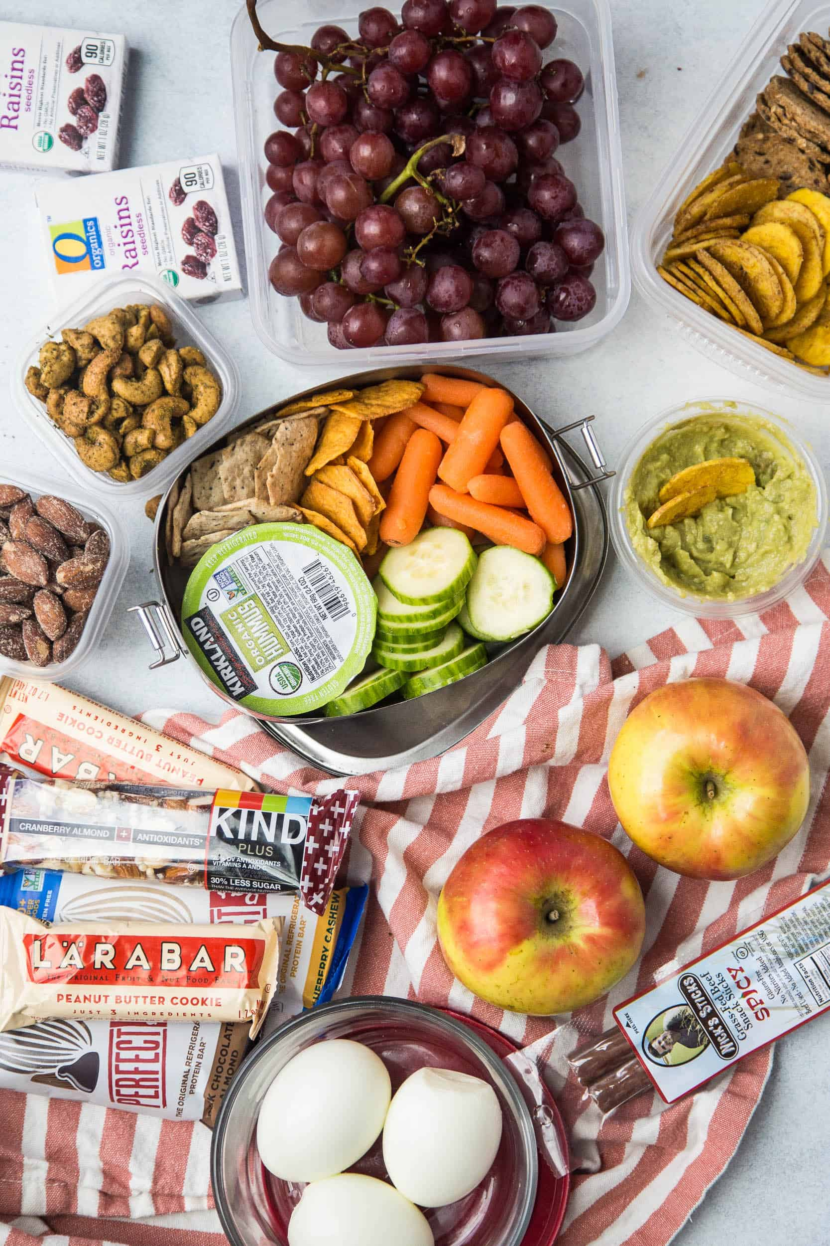 Healthy Road Trip Snacks -- lots of fresh, fun, and healthy ideas for de-junking your car trips. | summer travel snacks | family travel | perrysplate.com