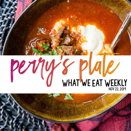 Free Healthy Meal Plans with gluten-free and paleo recipes on Perry's Plate! | perrysplate.com #mealplans #mealplanning #mealprep