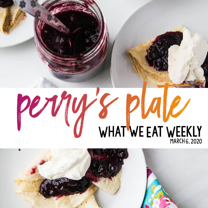 Easy, healthy meal plans for families! FREE! You can find the recipes on PerrysPlate.com or in my cookbooks | #mealplan #weeklymenu #menuplanning