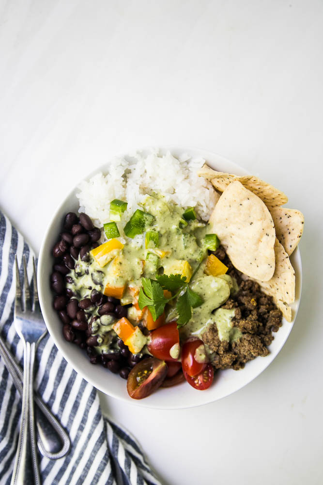 Easy Dinner Formulas that take the stress out of meal planning and cooking! Adaptable to paleo, keto, vegetarian, Whole30 or any other eating style!   perrysplate.com #mealplanning #mealprep #easydinner