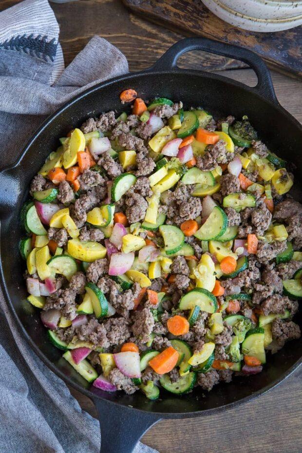 30-Minute Ground Beef & Vegetable Skillet | Paleo Meal Plans