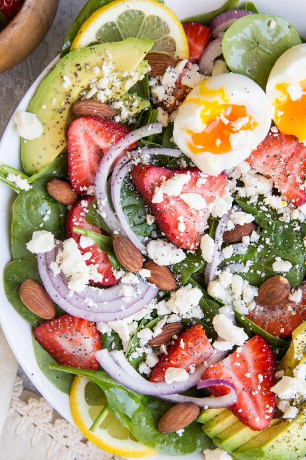Strawberry Spinach Salad with Poppy Seed Dressing -- part of our Paleo Meal Plan this week!